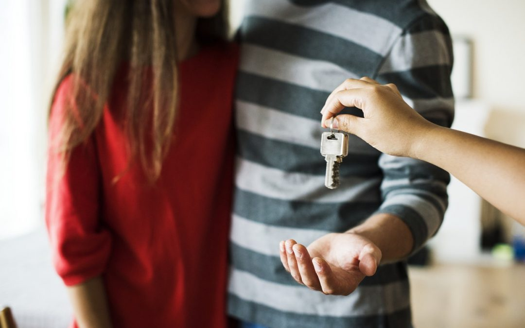 Fears for first-time buyers as banks withdraw mortgages to customers with small deposits