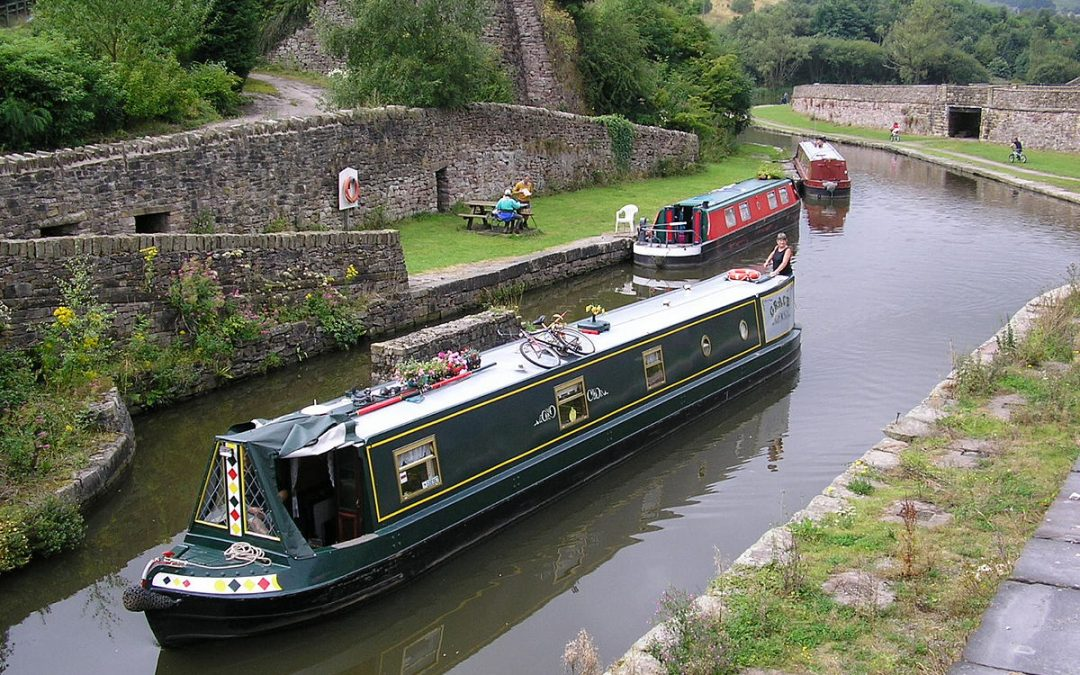 Is canal-boat living all it's cracked up to be?